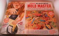 Kenner's Electric Mold Master Road Builder Set Vintage #1411 1964