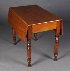 19.Jahrhundert Victorian Table Solid Mahogany Pages Foldable