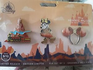 MINNIE MOUSE MAIN ATTRACTION SEPTEMBER PINS