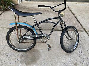 Vintage 1970's Huffy Thunder Road Bike