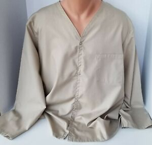 BETTER TOUCH APPAREL Snap Down Unisex V Neck Long Sleeve Scrub Top XL
