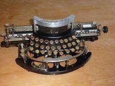 MACHINE A ECRIRE TYPO - Manufrance ST Etienne - typewriter TYPO / années 10