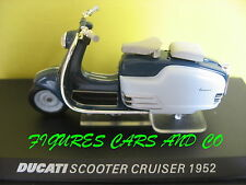 MOTO 1/24  COLLECTION  DUCATI SCOOTER CRUISER 1952  MOTORCYCLE