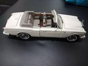 Franklin mint 1/24 1992 Rolls Royce Corniche Convertible
