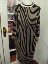 Wallis Animal Print Fine Knit Black / Camel Dress - Size Small (EUR 38)