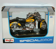 Maisto - HONDA F6C (Yellow) Motorbike - Model Scale 1:18