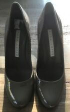 PURA LOPEZ TAUPE PATENT OR BLACK PATENT LEATHER COURT SHOE