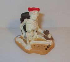 """Caribbean Pirate Sitting Skeleton 1.5"""" Mini PVC Action Figure Safari Ltd"""