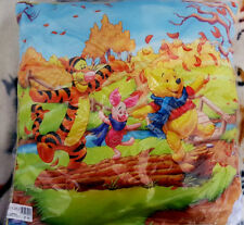 Disney Winnie the Pooh With Piglet And Tigger - Cushion 45x45cm - Beautiful -