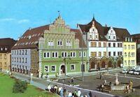 AK, Weimar, Platz mit Reisebüro, belebt, 1978