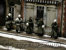 """Custom Built Painted & Weathered 1:35  WWII  German """"Cold Wind"""" Soldier Set  (5)"""