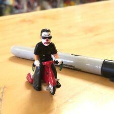 LIL HOMIES FIGURE JOKER CLOWN RIDING TRICYCLE BIKE RED BLACK SERIES 9 DOWN CLOWN