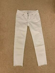 Victoria Beckham white jeans size 24 cropped raw ends