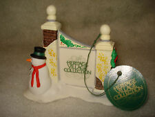 """Dept 56 Heritage Village Accessory """"Village Sign with Snowman"""" #5572-7"""