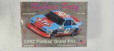 Salvino Jr Richard Petty 1992 Pontiac Grand Prix 2+2 Stp Plastic Model Kit 1/25