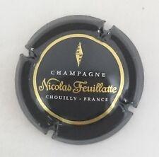 capsule champagne NICOLAS FEUILLATTE n°45 contour noir centre noir