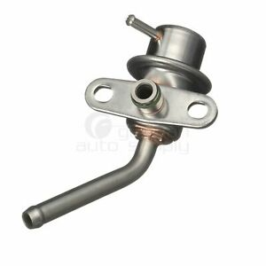 Delphi Fuel Injection Pressure Regulator FP10438 E92Z9C968A for Ford Mazda