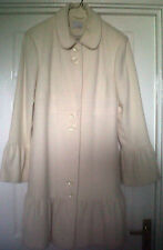 NEW LADIES STYLISH CREAM  COAT SIZE 12  VERY PRETTY