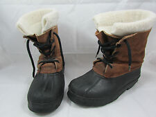 Vintage Women's Iconic Classic Winter Snow Boot Leather Made in Canada Size 4