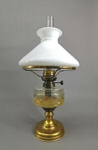 99868054 Petroleumlampe um 1930 Milchglasschirm Messingfuß H53cm