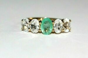 9CT GOLD RING NATURAL EMERALD RING. SIZE N.