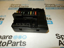 BMW X3 E83 (2006-2010) FUSE BOX, POWER DISTRIBUTION CONTROL MODULE  7560626