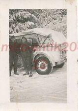 Foto, Wehrmacht, Inf.Rgt. 86 - Blick auf Kübelwagen im Winter, 1940; 5026-50