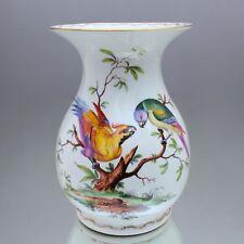 Ludwigsburg: große Vase mit exotischen Vögeln, Prunkvase, Papagei, Blumenvase