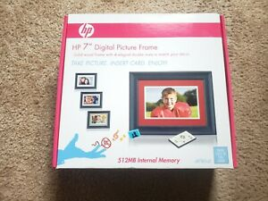 "HP DF780A2 7"" Black Wood Digital Picture Frame with 512MB Internal Memory"