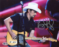 BRAD PAISLEY SIGNED AUTOGRAPHED 8x10 PHOTO COUNTRY MUSIC SUPERSTAR BECKETT BAS