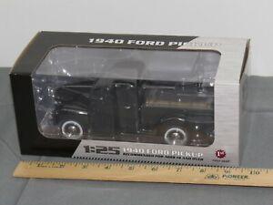 1940 Ford Pickup Truck BLACK Die-cast Model FIRST GEAR 49-0393 1:25 NIB