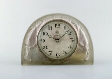 "Early René Lalique ""Moineaux"" clock in satin finished art glass. Ca 1924"