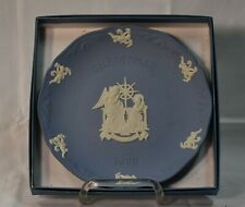 "7"" Blue Jasperware Christmas 1996 Wedgewood Plate (in box) Beauty!"