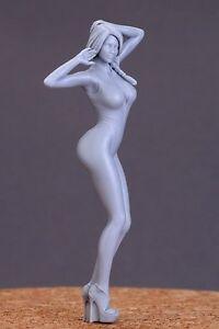 Hobby Design 1/24 Show Girl (E) (1 Resin Figure)