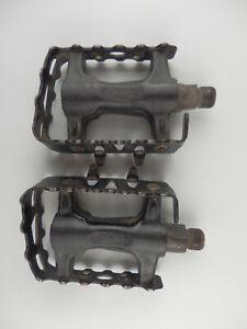 Retro 90s Pedals MTB SP-933N in black.