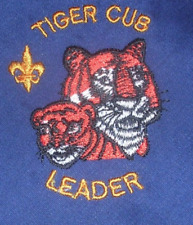 BOY SCOUT OFFICIAL TIGER CUB LEADER EMBROIDERED NECKERCHIEF RARE BIG 40X28.5 NEW