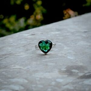 Lovely Green Emerald Gemstone 925 Sterling Silver Handmade Ring All Size