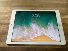 Apple iPad Pro 1st Gen. 32GB, Wi-Fi, 9.7 in - Silver (CA)