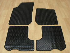 Dacia Sandero 2013-on Fully Tailored RUBBER Car Mats in Black.