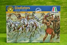 Italeri Roman Gladiators - 1/72 Plastic Model Kit
