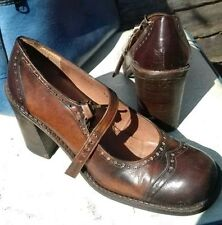 RED OR DEAD VINTAGE 70S STYLE SHOES 6 BUT FIT IS SIZE 5