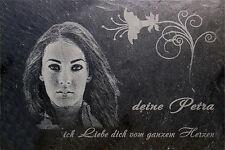 Ihr Foto mit Wunschtext in Schiefer graviert Geschenkidee Laser Gravur Blume