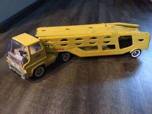 Vintage 1960s TONKA Metal Car Carrier Transporter