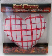 1 Handwärmer in Herz Form  ca. 10x9 cm rot / weiß