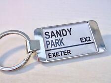Exeter Chiefs STADIUM BADGE RUE ROUTE SIGNE Porte-clé Porte-clés cadeau