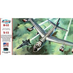 ATLANTIS TOY & HOBBY INC. B-52 and X-15 with Swivel Stand