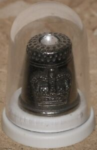 Rowena Souvenirs Diamond Jubilee Pewter Thimble   KM Coins