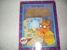 Kids fun paperback:Arthur's Computer Disaster-PBS Kids-Arthur gets on computer??