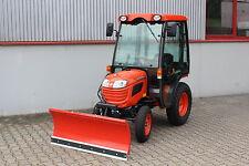 Kubota B1121 Traktor Kleintraktor mit Schneeschild und WSM Kabine Winterdienst