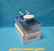 1:50 Hot Wheels - Star Trek Enterprise 1701 Refit in Space Dock NEW IN BOX